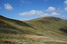 Skirting round to Bwlch Maen Gwynned below Cadair Bronwen