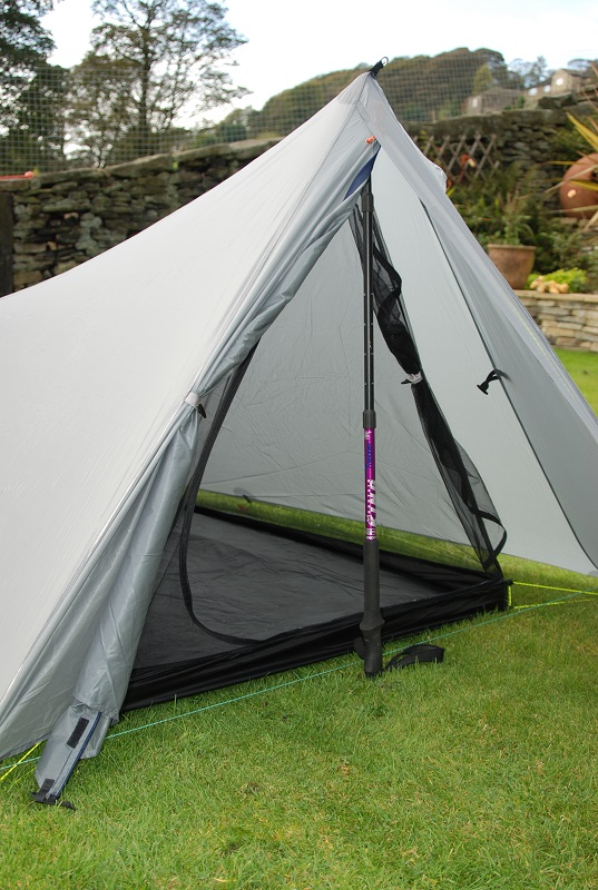 With the inner tent internal height is still a reasonable 98 cm and the width is 95 cm at the door. Not a palace by any means and itu0027s narrow at roof ... & Trekkertent Stealth u2013 Initial Review |