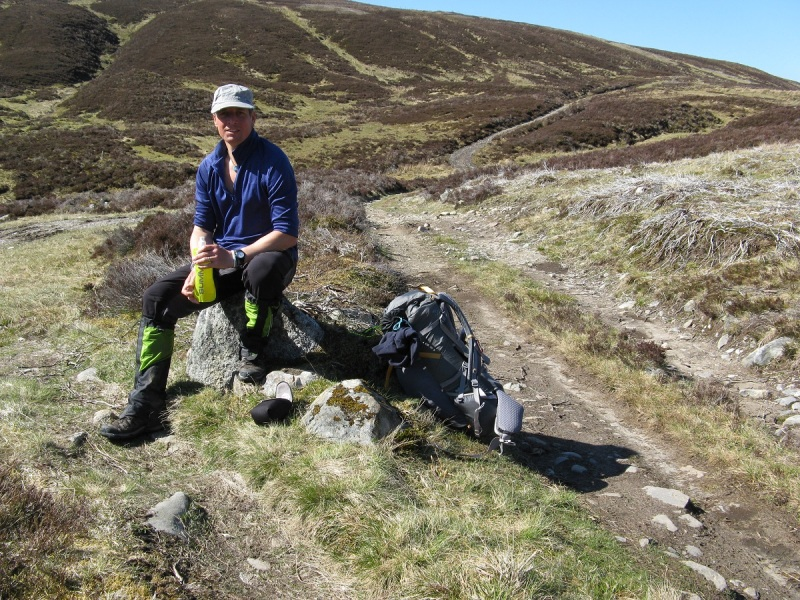 Taking a break at the top of the Lairig Gallabhaich