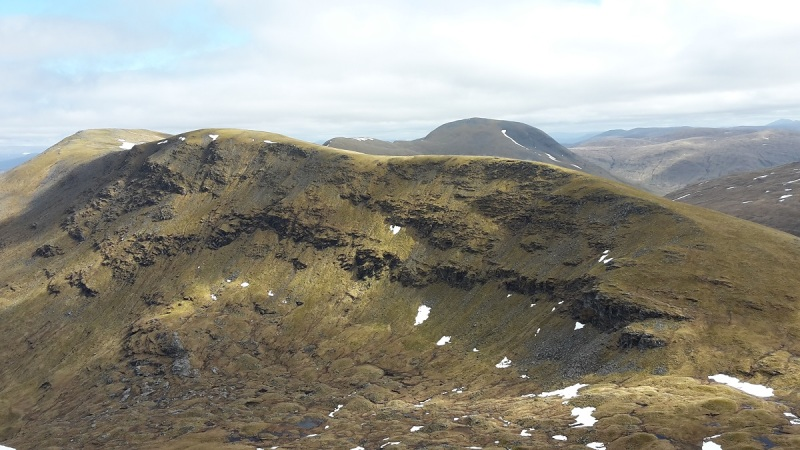 Cracking walking along the broad ridge to Beinn an Achaladair