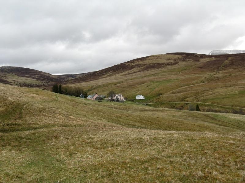 Approaching Fealar Lodge